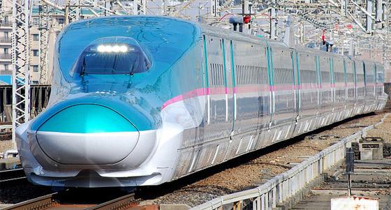 東北新幹線はやぶさ(ウィキペディアより)