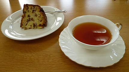 ニルギリ&リンゴ・ナッツ入り焼き菓子