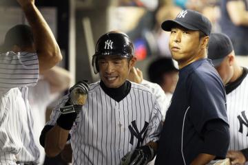 Yankees_Ichiro_Kuroda.jpg
