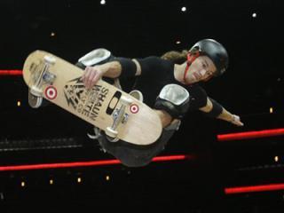 shaun_white_skateboarding.jpg