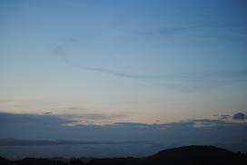 リング雲と葉巻雲