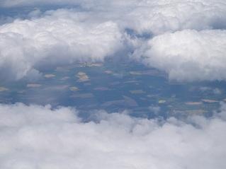 イギリスの雲と大地