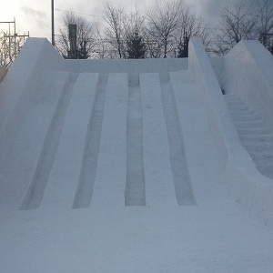 DSC滑り台