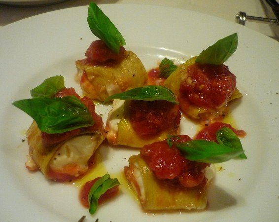 イル ルポーネ リコッタチーズを詰めた茄子のオーブン焼き