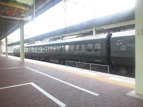 義母の葬儀で九州の佐賀駅に到着瞬間後をデジショット