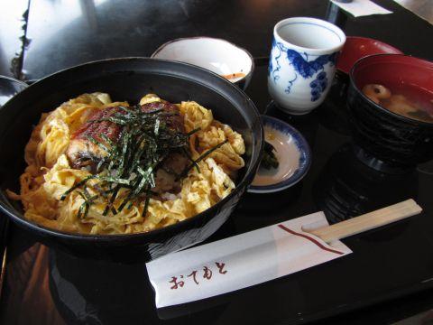レストラン昴にて