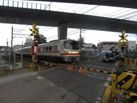 名鉄名古屋本線踏切