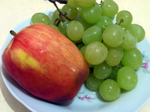 fruits2013_apple_grape