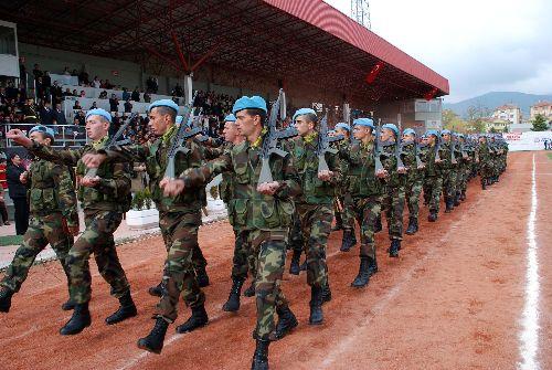 Bolu-da-askerler-ayakta-alkis1.jpg