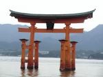 満潮の厳島神社