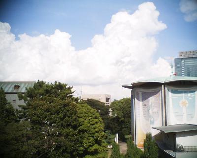 入道雲の下の東京スカイツリー:R2