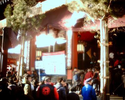浅草寺の参拝の列:Entry