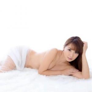山本梓が青年実業家の梶原吉広さんと結婚していた