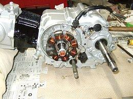 ジェネレーター 12V