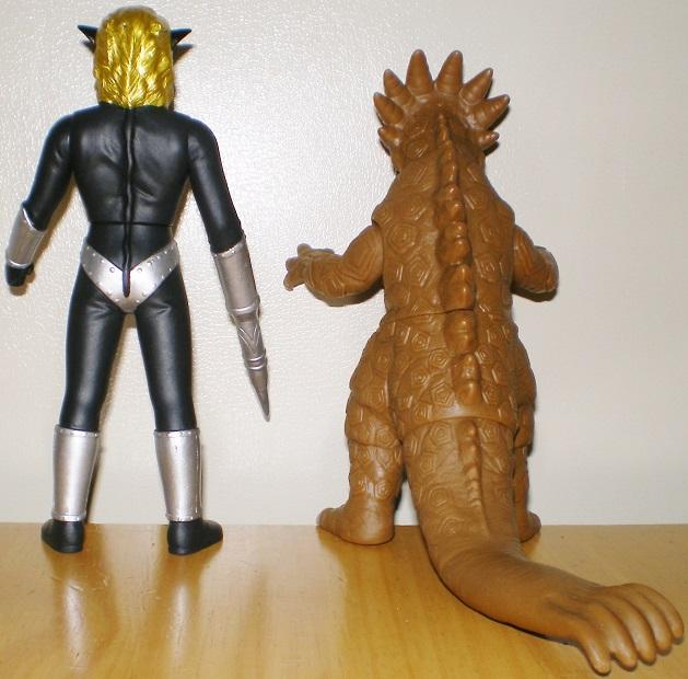 ウルトラ怪獣500 マグマ星人、サラマンドラ0