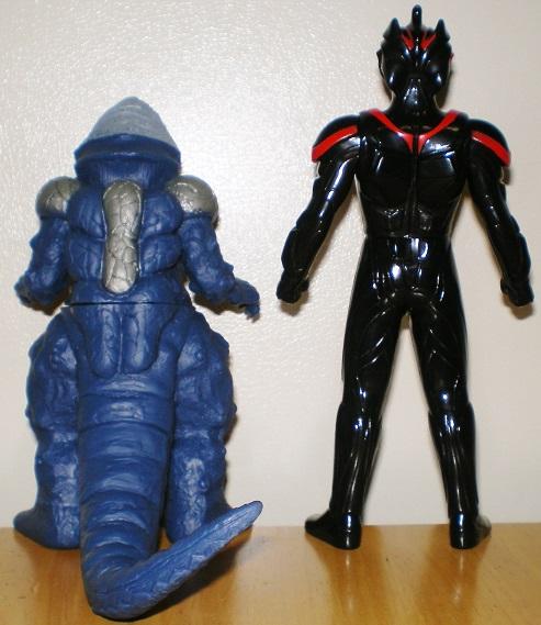 ウルトラ怪獣500 ゴルザ、ダークザギ0