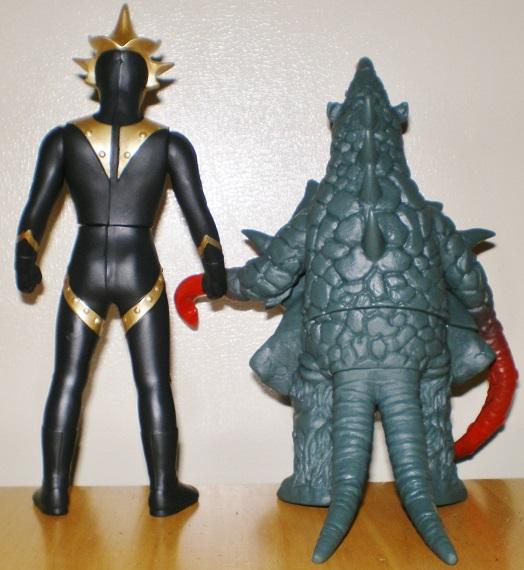 ウルトラ怪獣500 バルキー星人、アストロモンス0