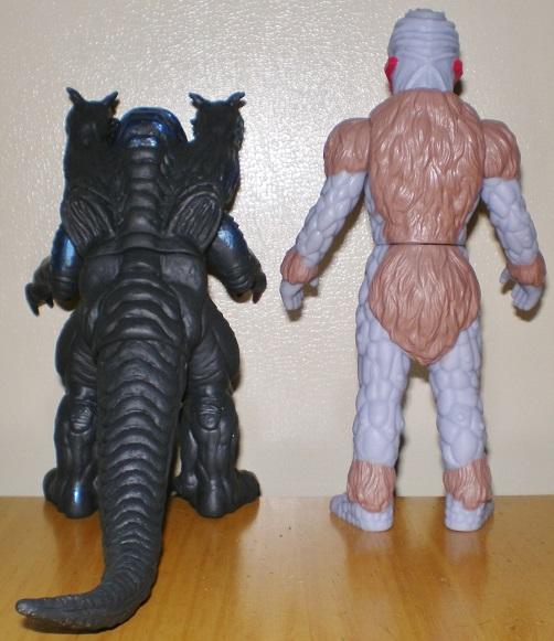 ウルトラ怪獣500 ダークガルベロス、ナックル星人グレイ0
