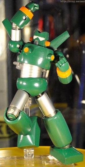 スーパーロボット超合金 カンタムロボ展示