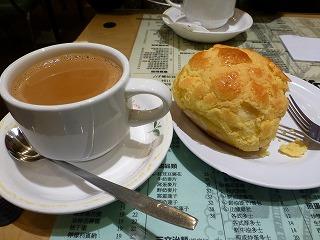壇島珈琲餅店2(ミルクティー&パイナップルケーキ)