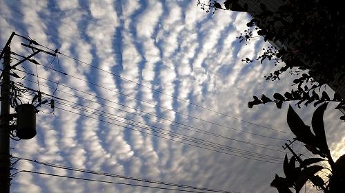 10月13日地震雲4