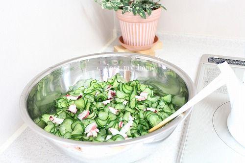 常備菜作り…タコキュウ酢の物。。