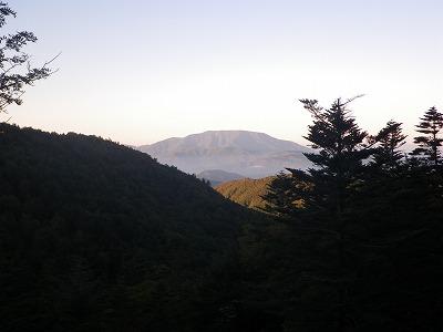 朝日の恵那山