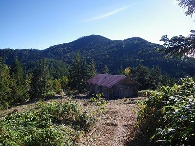 避難小屋と安平路