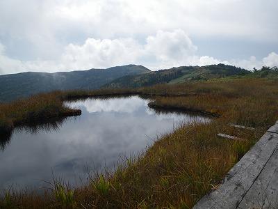 中門岳から駒ヶ岳を見る