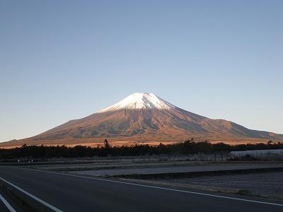 朝焼けの富士山