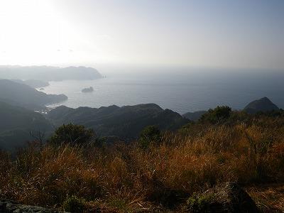 高通山から波勝崎方向