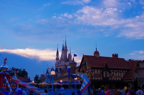 シンデレラ城の夕景 / Twilight of the Cinderella castle