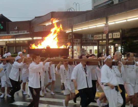 火祭りおみこし