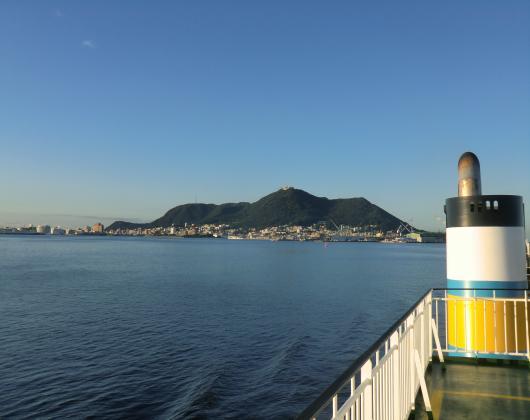 船上から函館山を望む017_convert_20121006101750