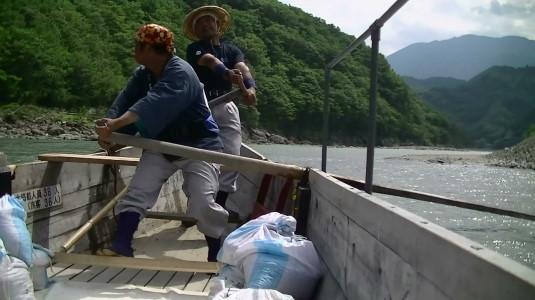 富士川舟運 船頭さん前