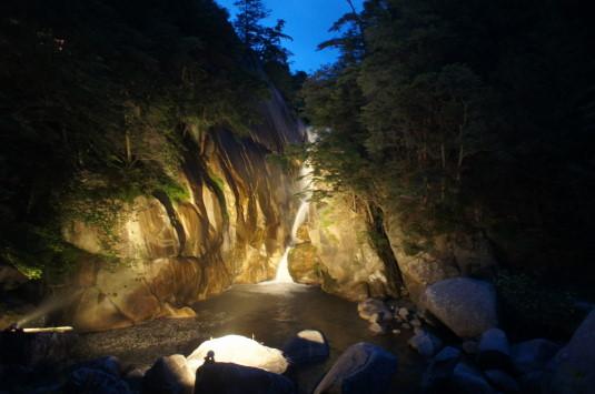 昇仙峡ライトアップ 仙娥滝