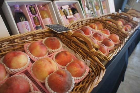 桃の冷製パスタ マルサマルシェ 桃