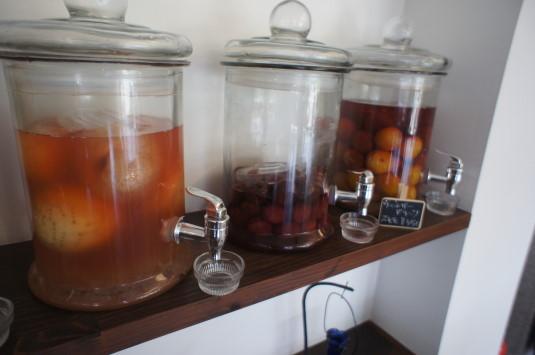 桃の冷製パスタ マルサマルシェ ビネガー
