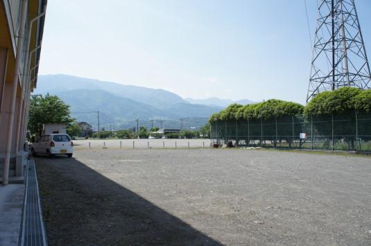 バラ TDK 駐車場