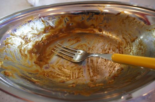 カレーのチャンピオン 銀皿とフォーク