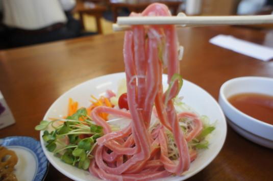吉田のトマトうどん ふじや 麺リフト