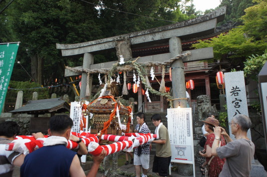若宮八幡宮例祭 神社 神輿