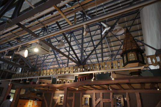 オムライス 農家の食卓 天井