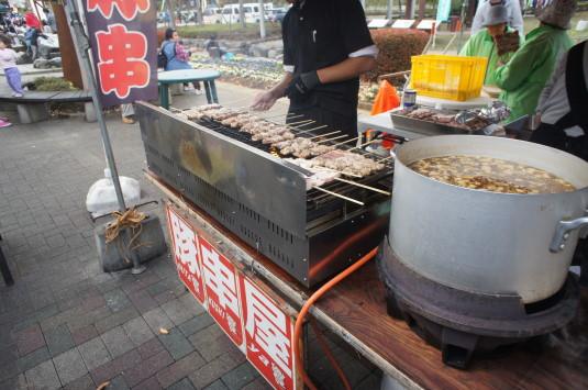 R413フェスティバル 食べ物