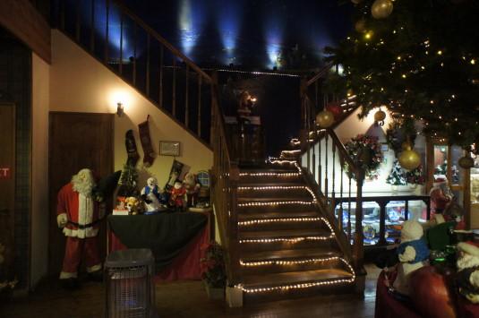 サンタクロースミュージアム 階段