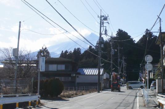 初詣 北口本宮富士浅間神社 富士山