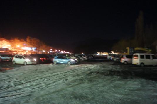 河口湖冬花火 駐車場