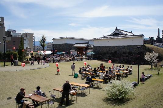 太白桜祭り お祭り会場 山手御門広場