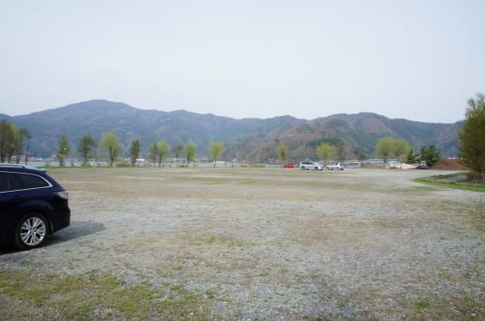 桜 八木崎公園 駐車場3