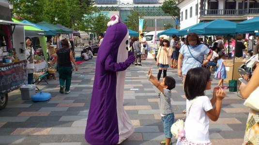 キタグッチ ほっぺちゃん祭り ハイタッチ